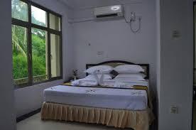 01c68-Yangon-airport-hotel.jpg