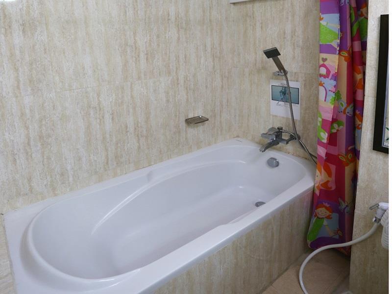 01fba-Hotel-Kan-Kaw-Bath-Room.jpg