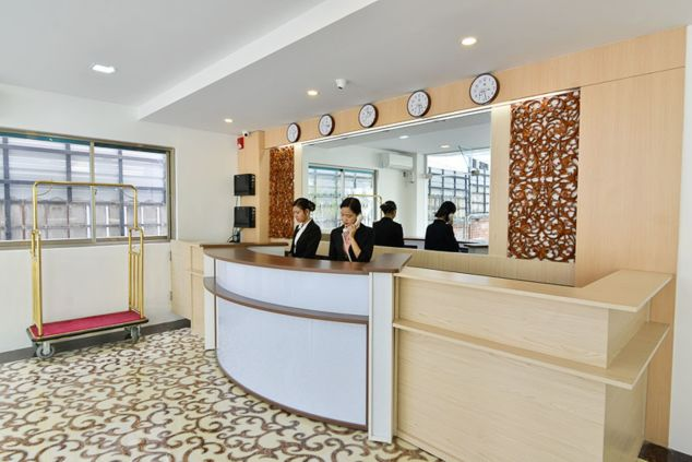 063f6-Serene-Valley-Hotel-Yangon-Reception.jpg