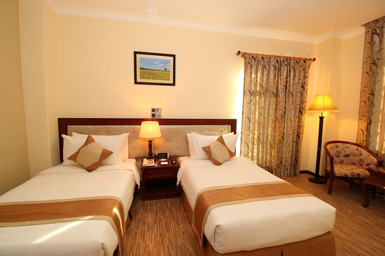 0a6ca-victoria-palace-hotel-mdl-room-2.jpg