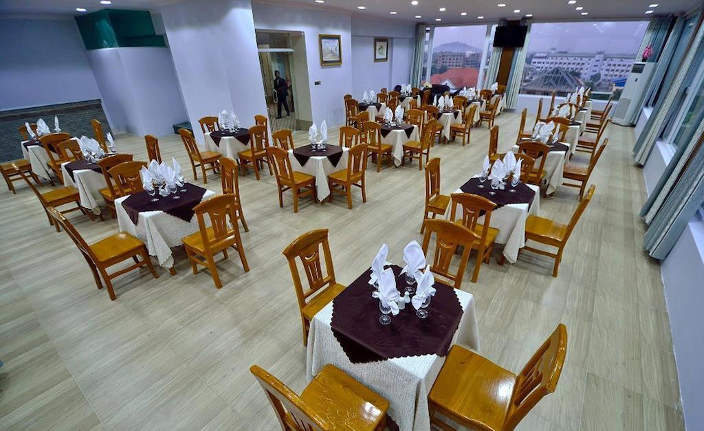0c449-Hotel-Hazel-Lunch-Room.jpg
