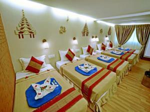 27888-hotel-yadanarbon-room-2.jpg