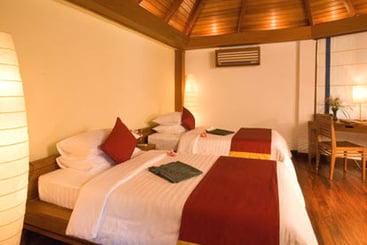 37b17-Hotel-Aureum-Resort-and-Spa-Ngapali-Beach-002.jpg