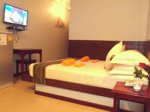 437b4-Hotel-63-DBL-Best.jpg