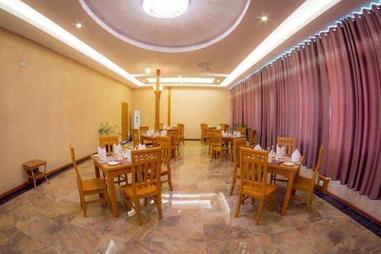 4f789-bagan-lotus-hotel-dinning-room-1.jpg