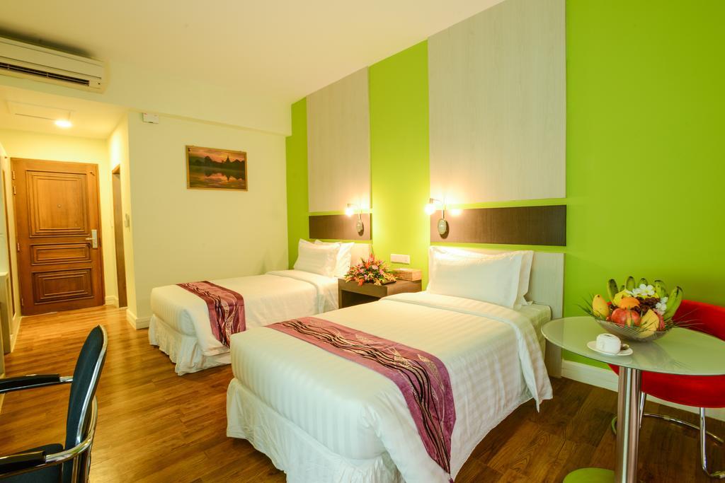 4fa6a-noble-mingalar-hotel-bath-room5.jpg