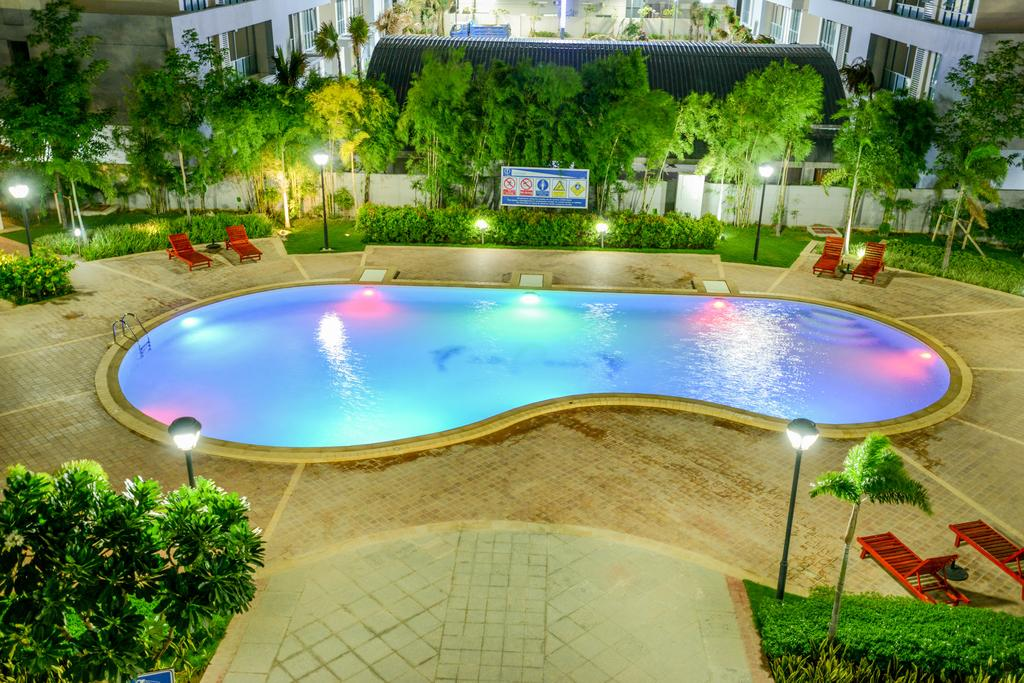 58727-noble-mingalar-hotel-swmming.jpg
