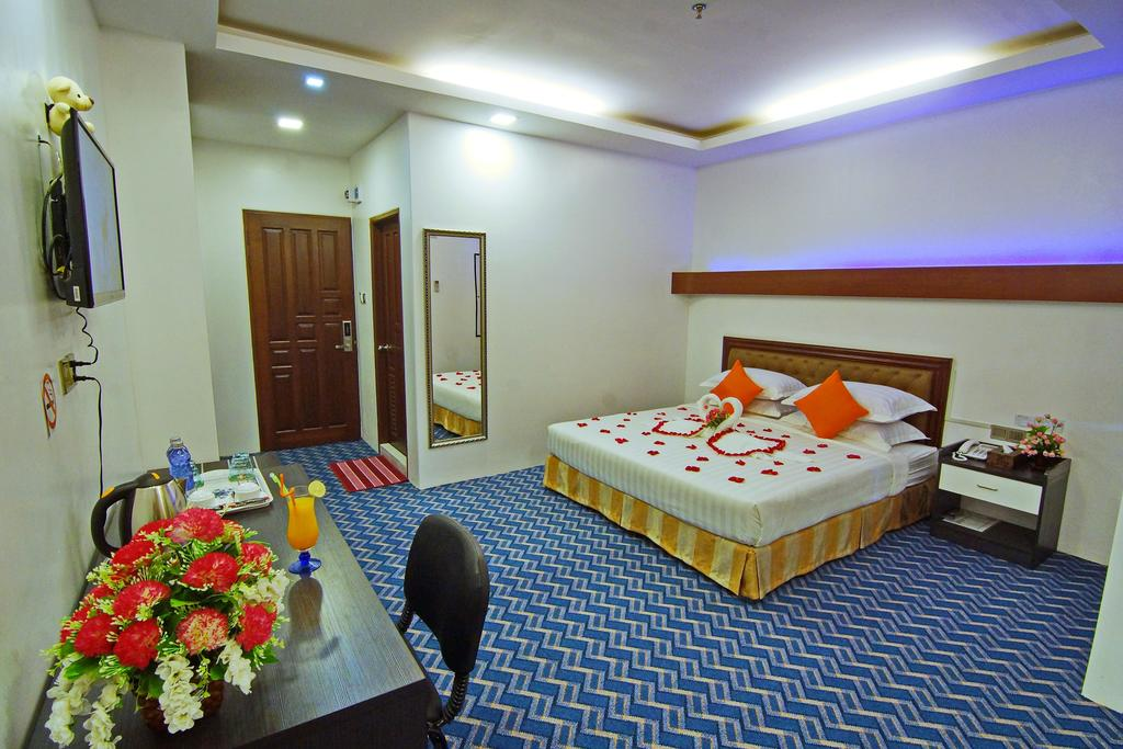 602ce-perfect-hotel-mdl-room-1.jpg