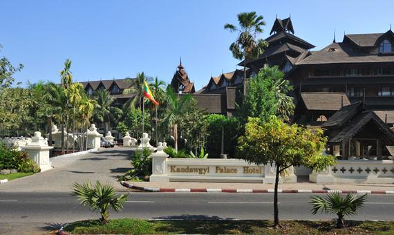 6e483-Kandawgyi-Hotel--Palace.jpg