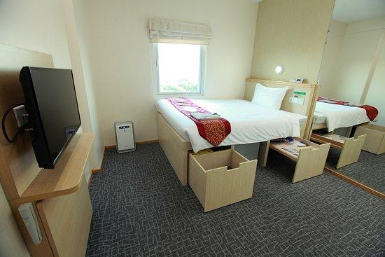71522-super-hotel-yangon-kabar.jpg