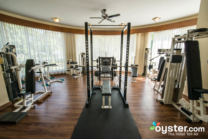 7ac1e-Inya-Lake-fitness-center--GYM-.jpg