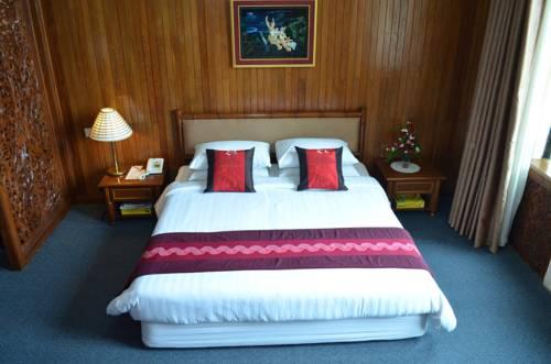 7c801-mya-yike-nyo-hotel-room-3.jpg