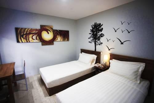 7e26c-merchant-art-hotel-room3.jpg
