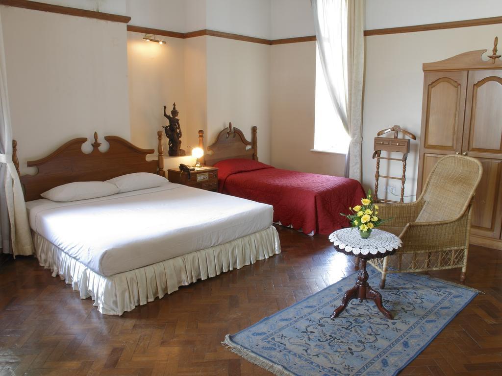7e907-Yuzana-garden-hotel-room.jpg
