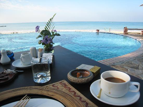 922cb-Amazing-Ngapali-Resort.jpg-02.jpg