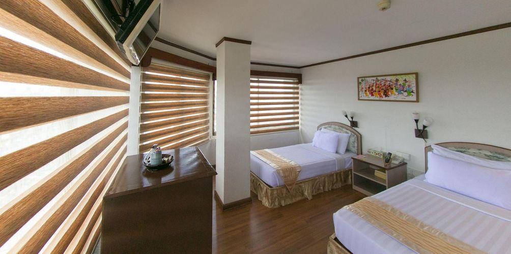 95b32-Orchid-Hotel-Twin-01.jpg