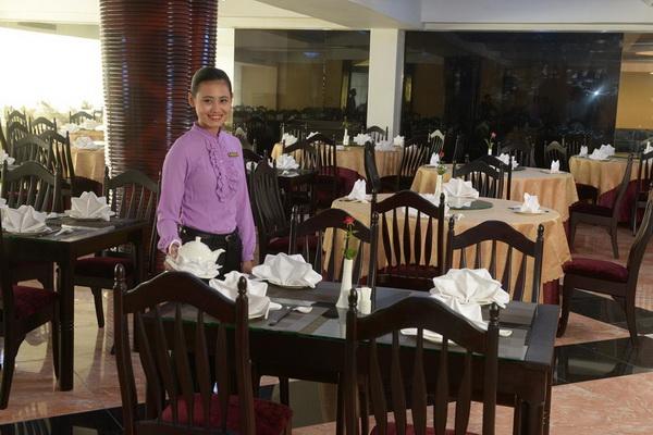 99059-tawwingardenhotel-yangon-myanmar-suchineserestaurant.jpg