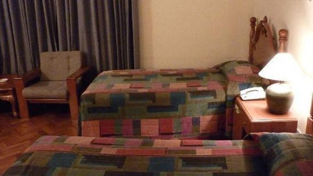 a9587-Yuzana-garden-hotel-room-2.jpg