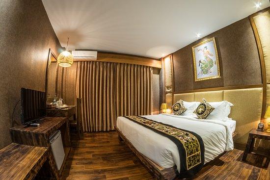 b09d1-bagan-airport-hotel-room-1.jpg