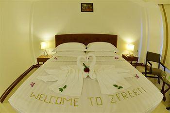 be192-zfreeti-hotel-bagan-room-3.jpg