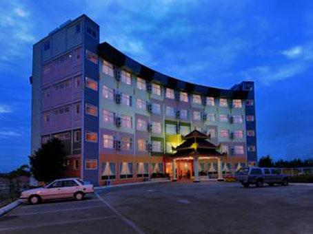 c0505-Modify.City-Golf-Resort-Hotel.jpg