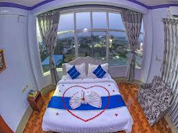 c9ee4-shwe-hnin-si-hotel-room-7.jpg