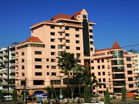 cf46f-modify.queens-park-hotel.jpg