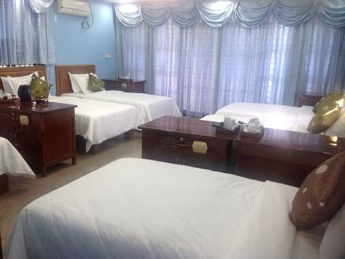 d600a-Mother-Home-Group-Room.jpg