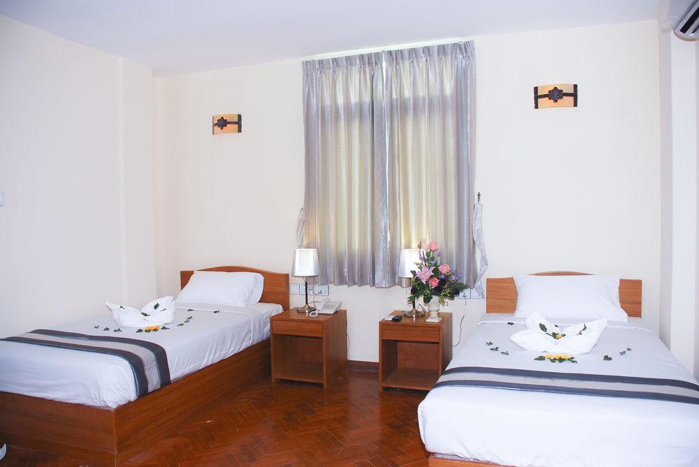 d9a2d-Pleasant-View-Hotel-Twin-01.jpg