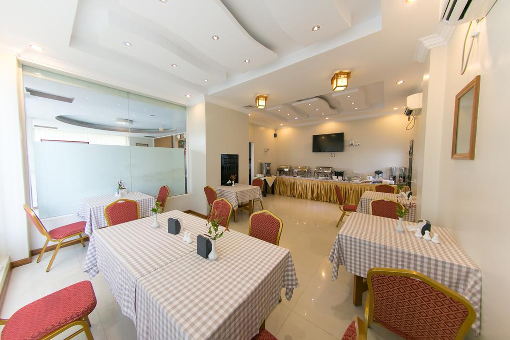 e0f27-hotel-minghama-dinning.jpg