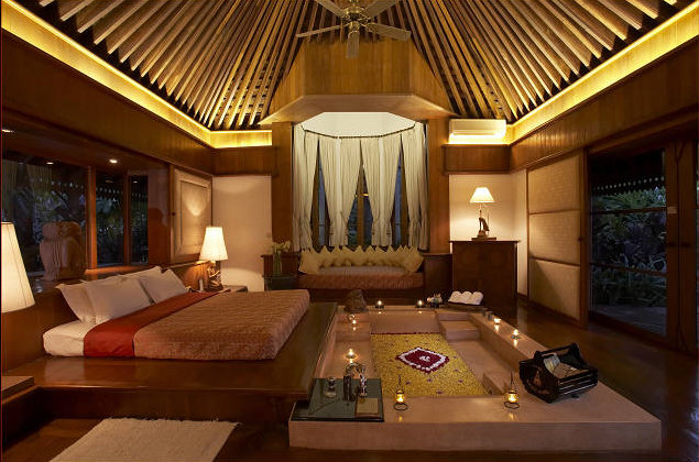 f29ff-KandawgyiPalaceHotelBed-Room.jpg
